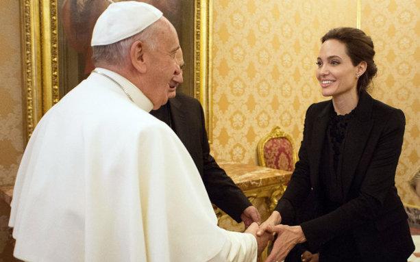 ملاقات آنجلینا جولی با پاپ