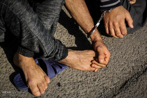 سرقت به خاطر اعتیاد/دزدی کردن اشیاء دم دستی