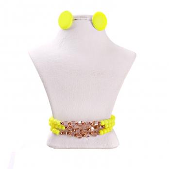 ست گوشواره و دستبند زرد