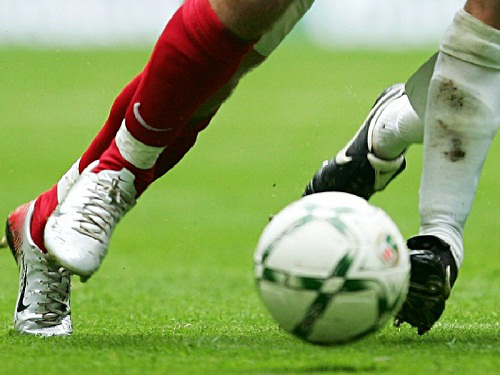 مهاجم در فوتبال