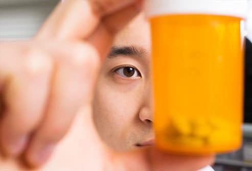 فروشگاه اینترنتی 5040 - مطالب مفید و کاربردی - بهداشت و سلامت - آنافیلاکسی و حساسیت - داروهای تجویز شده