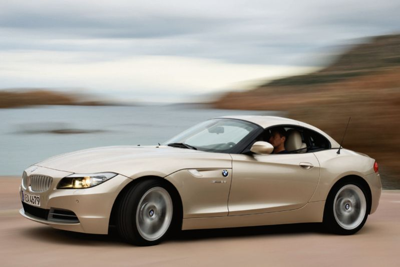 بی ام و مدل زد4  2011