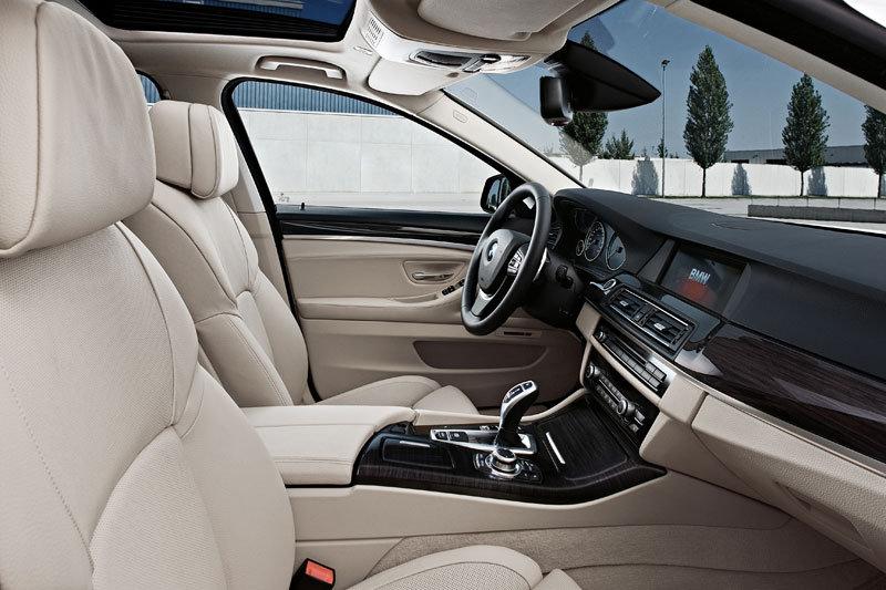 بی ام و مدل 525 دی 2012