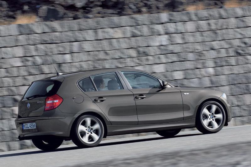 بی ام و مدل 116 دی  2009