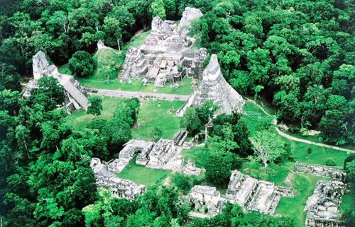 پارک ملی تیکال در گواتمالا