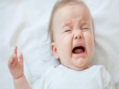 علت گریه در نوزادان
