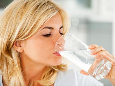 آب موردنیاز مادران شیرده