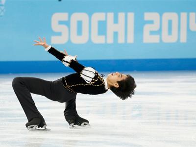 اسکیت روی یخ نمایشی